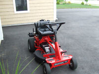NEW SNAPPER RIDE ON LAWN MOWER