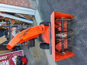ARIENS 26 INCH GAS & ELECTRIC SNOWBLOWER