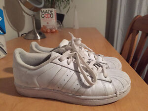 WOMENS ADIDAS SUPERSTARS FOR SALE