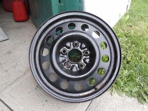 4 roues en acier (5 trous)  15X6 pouces