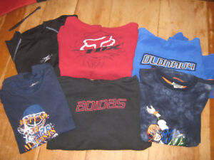 boys xl sweatshirts and long sleeved shirts $2 each