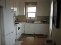 WOLFVILLE: Available May 1st : One bedroom with den/guest room