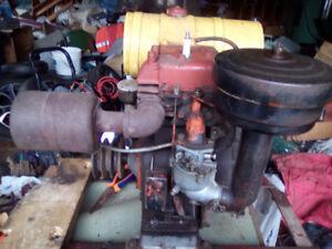 ANTIQUE 1953 MODEL 14 B+S STATIONARY GAS ENGINE, 125.00