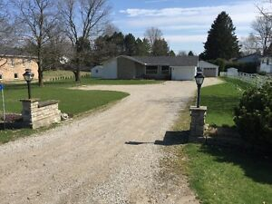 3 Bedroom Country Home w/ 25' x 40' Shop Mount Brydges
