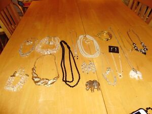 COSTUME JEWELLRY NECKLACE SETS, EARRINGS,BRACELETS,BROOCHES