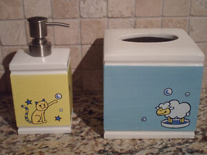 Ceramic Soap Dispenser and Paper Tissue Box- Brand New