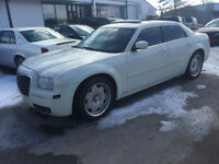 2005 Chrysler 300-Cert e-test 3900$ pls tax