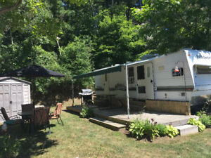 30' 2004 Wildwood Trailer by Forest River