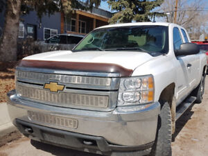 2011 chevrolet silverado 2500 HD MUST GO $9500 Priced to sell