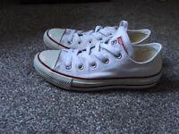 *Like New* White Converse