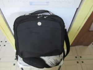 FS:  A laptop bag