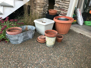 "Re: ""free pots"" posting...missing blue planter"