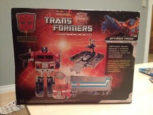 Trans former 25th anniversary  Optimus Prime Peterborough Peterborough Area image 2