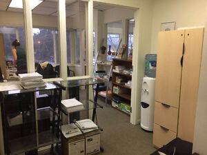 Bright corner office with free parking North Shore Greater Vancouver Area image 3