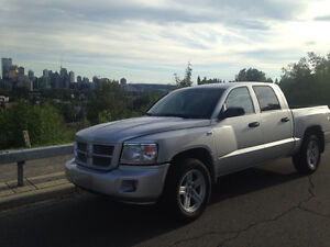 2010 Dodge Dakota V8 Magnum SXT Pickup Truck