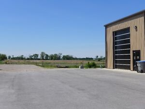 2000 sq. ft. Commercial Unit for Lease Highway Location Stratford Kitchener Area image 3