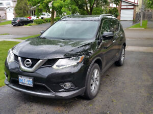 2015 Nissan Rogue SL (TOP OF THE LINE) SUV, Crossover