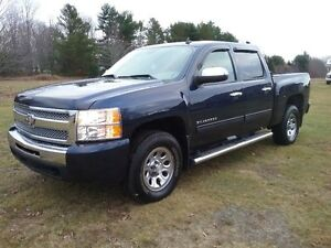 2010 Chevrolet Silverado 1500  LOW KMS!!!!  SOLD  SOLD