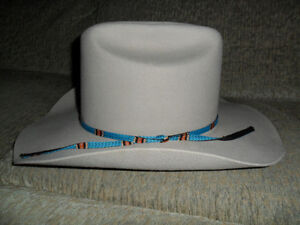 lt gray Cowboy hat (size says 6 7/8 but not sure how it is measu
