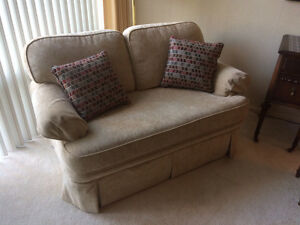 LOVESEAT-BEIGE COLOUR