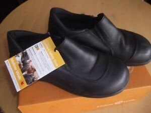 Ladies Safety Shoes Black Size 8.5 New