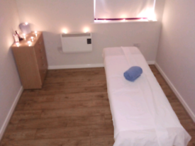Massage in manor park two therapists available