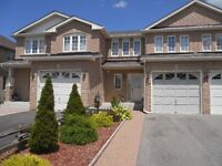 NEWMARKET ...LARGE TOWN HOUSE FOR RENT....
