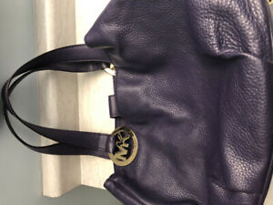 MK leather purse