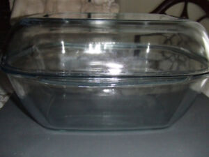 Pyrex Roaster with Cover, Vintage from England