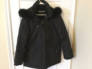 Women's Jacket Size Large,with Hood,Mint Condition