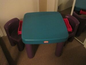 Little Tikes Table + 2 Chairs