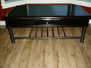 COFFEE TABLE /END TABLE