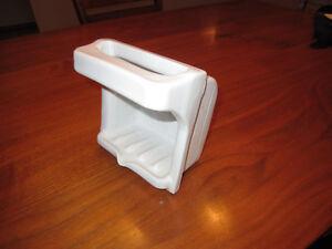 Ceramic Soap Niche Tray, 50s Vintage Classic