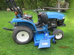 New Holland TC 21 D