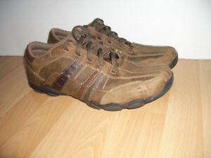 --- SCKECHERS --- chassures  shoes ----- size 15/16 US