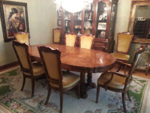 Dining Room Table / Buffet set + 8 Chairs