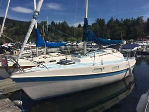 25 Ft Tanzer Sailboat  For Sale Includes Slip