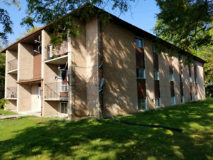 November 1st, 2 Bedrooms, $1095+Utilities