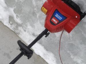 Souffleuse électrique toro power shovel