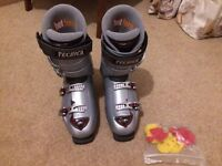Tecnica Rival X8 men's ski boots