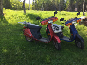 Two Honda aero80 Scooters plus parts for sale