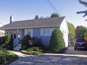 28 Angelina Ave Now For Sale!