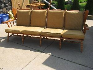 VILAS MAPLE WOOD FRAME COUCH -- COTTAGE STYLE