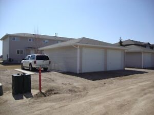 3 Bedroom Townhouse Condo in North East Yorkton For Sale Regina Regina Area image 3