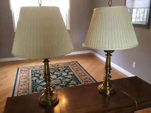 2 brass table lamps