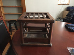 Decorative box/table