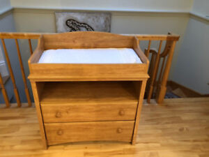 Baby changing table, Table a langer