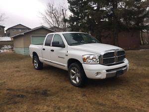 2007 Dodge Ram 1500 Laramie fully loaded great condition!!