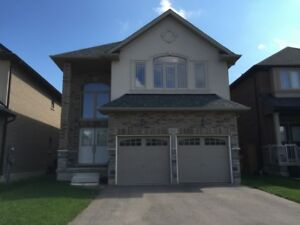 House for lease in Ancaster