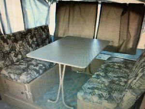 2009 Fleetwood Utah pop up tent trailer